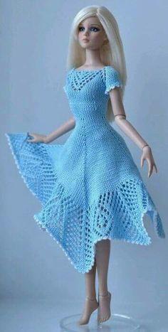 Irresistible Crochet a Doll Ideas. Radiant Crochet a Doll Ideas. Crochet Doll Dress, Crochet Barbie Clothes, Doll Clothes Barbie, Barbie Dress, Knitted Dolls, Barbie Doll, Barbie Knitting Patterns, Knitting Dolls Clothes, Barbie Clothes Patterns
