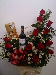 ~ Get OFF first purchase with Ultamate Rewards Credit Card. Don't miss out! Valentine Flower Arrangements, Valentines Flowers, Christmas Arrangements, Beautiful Flower Arrangements, Floral Arrangements, Beautiful Flowers, Deco Floral, Floral Design, Flower Boxes