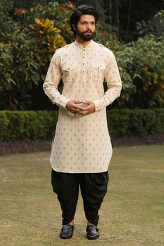 Buy Kurta Online - Select from a wide range of kurta sets, kurtas & designer wedding kurta pajama for men online. Shop for stylish kurtas to look perfect on every occasion. Wedding Kurta For Men, Wedding Dresses Men Indian, Wedding Dress Men, Wedding Outfits, Gents Kurta Design, Boys Kurta Design, Kurta Pajama Men, Kurta Men, Man Dress Design