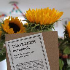 WEBSTA @ mymidoritn - Sunflower meets midori #midoritravelersnotebook #midori #travelers #notebook #sunflower #journal