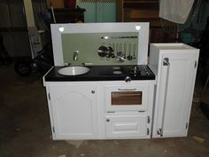 Children's Play Kitchen made by our vary own Habitat employee! This is a really awesome kitchen with working oven & refrigerator lights. Childrens Play Kitchen, Kids Play Kitchen, Play Kitchens, Cool Kitchens, Diy Gifts For Kids, Diy For Kids, Kids Fun, Habitat Restore, Old Cabinets