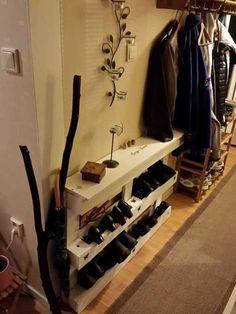 Palette de stockage de chaussures dans votre entrée / Skohylla | 1001 Palettes idées! | Scoop.it