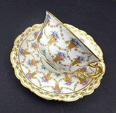 Antique Carl Thieme Dresden Tea Cup and Saucer - This porcelain tea cup and saucer was produced in Germany by the Carl Thieme Dresden decorating studio in . Antique Tea Cups, Vintage Teacups, Ideas Prácticas, China Tea Cups, Teapots And Cups, Tea Art, Tea Service, My Cup Of Tea, Tea Cup Saucer