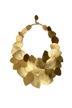 Also seeing  A TON of hammered metal for Fall.   Style.com Accessories Index : fall 2012 : Hervé Van der Straeten Modern Jewelry, Contemporary Jewellery, Jewelry Art, Jewelry Design, Jewelry Necklaces, Gold Jewelry, Van Der Straeten, Fashion Accessories, Fashion Jewelry
