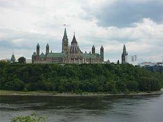 Parlement du Canada, des airs de Poudlard ? - Ottawa