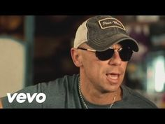 Kenny Chesney - When I See This Bar - YouTube