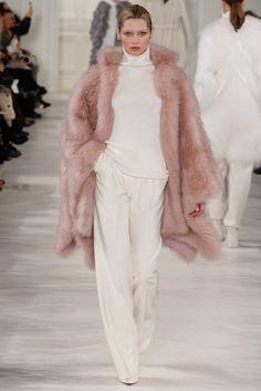Топ Тенденция за Есента - Пастелно Розови Палта - Ralph Lauren есен-зима 2014/2015