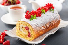 Sponge Cake Roll with Strawberry Jam recipe No Egg Desserts, Delicious Desserts, Sponge Cake Roll, Baking Birthday Parties, Strawberry Jam Recipe, Creamed Eggs, Jam Recipes, No Bake Cake, Tasty