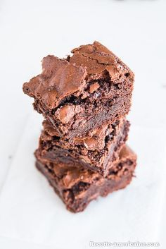 Brownie Recipes 98584 Crunchy and crispy American style brownie Brownie Fondant, Brownie Cookies, Fondant Cakes, Blondie Brownies, Best Brownies, Chocolate Brownies, Brownie Recipes, Cake Recipes, Brownie Desserts