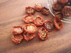 オーブンで簡単!自家製セミドライトマト&アレンジアイデア|LIMIA (リミア)