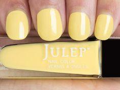 Lilou (Bombshell): Lemon chiffon crème