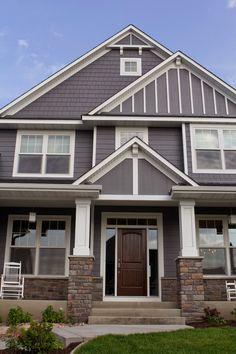 Ideas Exterior Siding Colors Gray James Hardie For 2019 Exterior Siding Colors, Exterior Design, Grey Exterior, House Siding, Exterior Remodel, Building Exterior, House Front, House Painting, House Plans