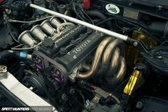 Team Disco AE86. I wish I could afford to build a motor like this for my 86.