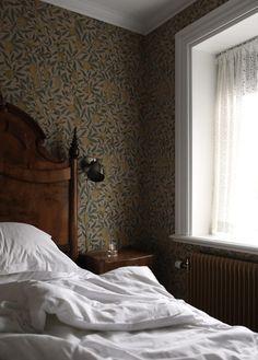 Att vakna upp i Grythyttan Home Interior, Interior Design, English Interior, Georgia Homes, Dream Bedroom, Beautiful Homes, Sweet Home, House Design, House Ideas