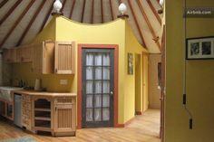 solar-powered-yurt-home-017