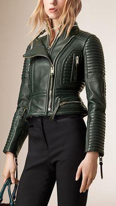 Verdone scuro Giacca stile biker in pelle di agnello con baschina in vita - Immagine 2