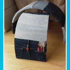 Chair in popler wood covered by jeans #doridesign #art #creativity #design #diy #chair #furniture #jeans #wood