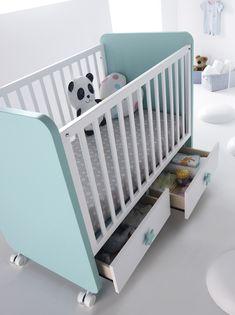 Dormitorio juvenil con cuna (1694 – J1b) - Muebles CASANOVA Baby Doll Bed, Baby Girl Bedding, Baby Bedroom, Baby Room Decor, Baby Cribs, Baby Crib Designs, Baby Room Design, Baby Furniture Sets, Baby Nursery Furniture