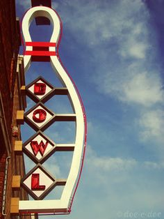 I used to live by this place in Independence,MO!!   Diamond Bowl