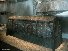 Tool chest found in Oseberg ship.