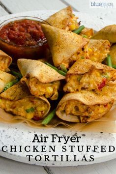 air fryer recipes: These air-fried chicken stuffed tortillas are so e. Air Frier Recipes, Air Fryer Oven Recipes, Air Fryer Dinner Recipes, Recipes Dinner, Air Fryer Chicken Recipes, Air Fryer Recipes Potatoes, Cooking Recipes, Healthy Recipes, Snacks Recipes