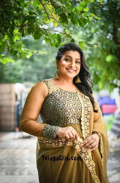Roja selvamani sexy body Indian Actress Gallery, Indian Actress Hot Pics, Most Beautiful Indian Actress, Beautiful Actresses, Beauty Full Girl, Beauty Women, Hot Actresses, Indian Actresses, Roja Hot