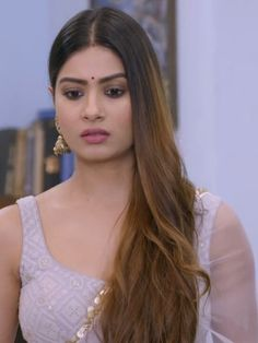 Beautiful Girl Indian, Beautiful Bride, Beautiful Roses, Yeh Hai Mohabbatein, Bollywood Designer Sarees, Bollywood Girls, Indian Beauty, Indian Actresses, Krishna