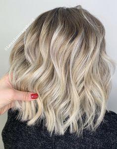 Balayage californien blond Balayage Blond, Blonde Ombre, Ash Blonde, Ombre Hair, Californian Hair, Tie Dye Hair, Hair Contouring, Hair Blond, Hair Cuts