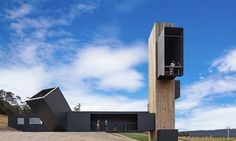 This vineyard built a lookout tower with amazing views for visiting guests Photography by Tanja Milbourne Architecture firm Cumulus Studio have recently completed the Devil s Corner Cellar Door and Lookout located in Tasmania Australia nbsp hellip Container Architecture, Architecture Design, Australian Architecture, Architecture Awards, Amazing Architecture, Contemporary Architecture, Landscape Architecture, Landscape Design, Commercial Architecture