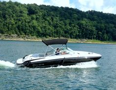 Ski Boat rentals available from Conley Bottom Resort to enjoy the day on Lake Cumberland!