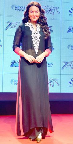 Sonakshi Sinha at 'Tevar' trailer launch event.