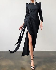 Chic Outfits, Dress Outfits, Fashion Dresses, Smart Dress, Popular Outfits, Professional Outfits, Business Outfits, Stylish Dresses, Girly Girl