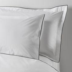 ACHICA   Boutique Linen Hoxton Oxford Pillowcase, White & Black
