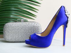 7 Killer Bag and Shoe Combos for Your Wedding Day | Photo by: The Jewels of New York | TheKnot.com