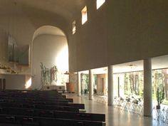 Ylosnousemuskappeli interior - Chapelle de la Résurrection de Turku — Wikipédia