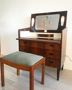 Amazing Mid Century Jacaranda rosewood Danish vanity chest. Has been rewired for America, even has a key  . $1100.  Slide for more photos. 〰〰〰 #midcentury #midcenturyfurniture #danish #danishmodern #rosewood #jacaranda #retro #classic #style #vanity #makeup #mirror #scandinaviandesign #homeunion #brooklyn #nyc #williamsburg #forsale #furniture #weekendshopping #shopvintage