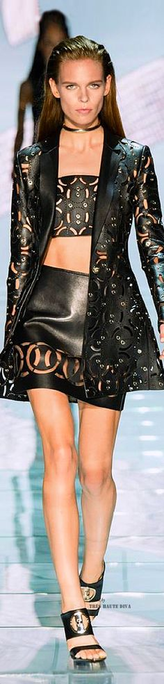 IS GORGEOUS BUT NOT WITH LEATHER CRUELTY ! FAKE IS GOOD #MFW Versace Spring Summer 2015 RTW