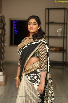 Actress Jaya Vani Photos - Tamil Actress Pictures, Stills, Images, Gallery and Photoshoots - Page 3 of 20 Beautiful Girl In India, Beautiful Women Over 40, Beautiful Muslim Women, Beautiful Saree, Beautiful Dresses, Beautiful Bollywood Actress, Most Beautiful Indian Actress, Beauty Full Girl, Beauty Women