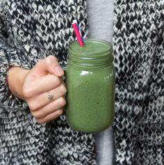 My Favourite Green Smoothie - DeliciouslyElla