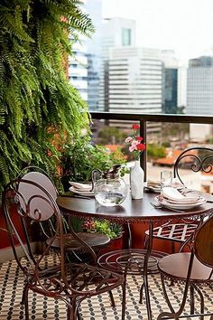 Small balcony with green living wall, dining for 2. #alfresco #outdoor #private #balcony #balconies #veranda #sitting #area