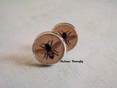 Silver earrings summer bee tiny ear studs from Madame Butterfly JEWELRY by DaWanda.com