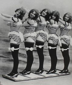 Burlesque Troupe c.1907 Sexiness had a different size..