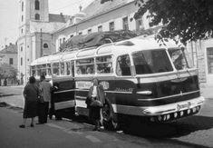 Napi érdekes - 228 - Csodás magyar múlt! - RITKÁN LÁTHATÓ TÖRTÉNELEM Budapest, Good Old, Old Cars, Motor Car, Old World, Old Photos, Street View, Van, Marvel