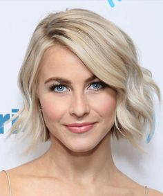 Here you can get a perfect spring hair color for blonde hair. If you are looking for some amazing spring hair color for your blonde hair, you can have a look at the collection we have got for you. Take a look! Cute Blonde Hair, Cool Blonde, Short Blonde, Ash Blonde, Gray Hair, Blunt Blonde Bob, White Blonde Bob, Bleach Blonde, Gorgeous Blonde