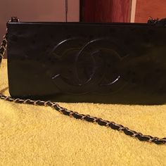 Clutch Very good condition CHANEL Bags Clutches & Wristlets