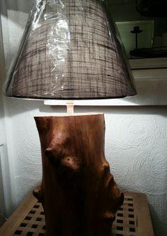 Lamp op boomstam € 75,00