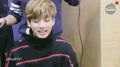 Bts Jungkook, Bts Aegyo, Taehyung, Namjoon, Jung Kook, Foto Bts, Bts Photo, Kpop Gifs, Bts Bomb