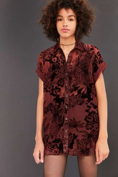 Ecote Anora Floral Burnout Velvet Button-Down Shirt - Urban Outfitters