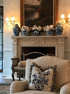 images of english country home decor ideas - decor inspiration 34 ~ mantulgan.me : images of english country home decor ideas - decor inspiration 34 ~ mantulgan. Traditional Interior, Traditional House, Living Room Designs, Living Room Decor, Dining Room, Enchanted Home, French Decor, Formal Living Rooms, White Decor