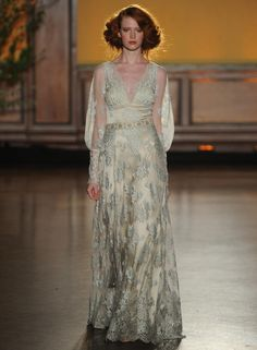 Claire Pettibone's Fall 2016 Wedding Dresses Take Us Back to the Gilded Age | TheKnot.com